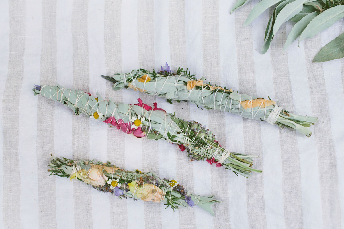 DIY: Floral Smudge Bundles