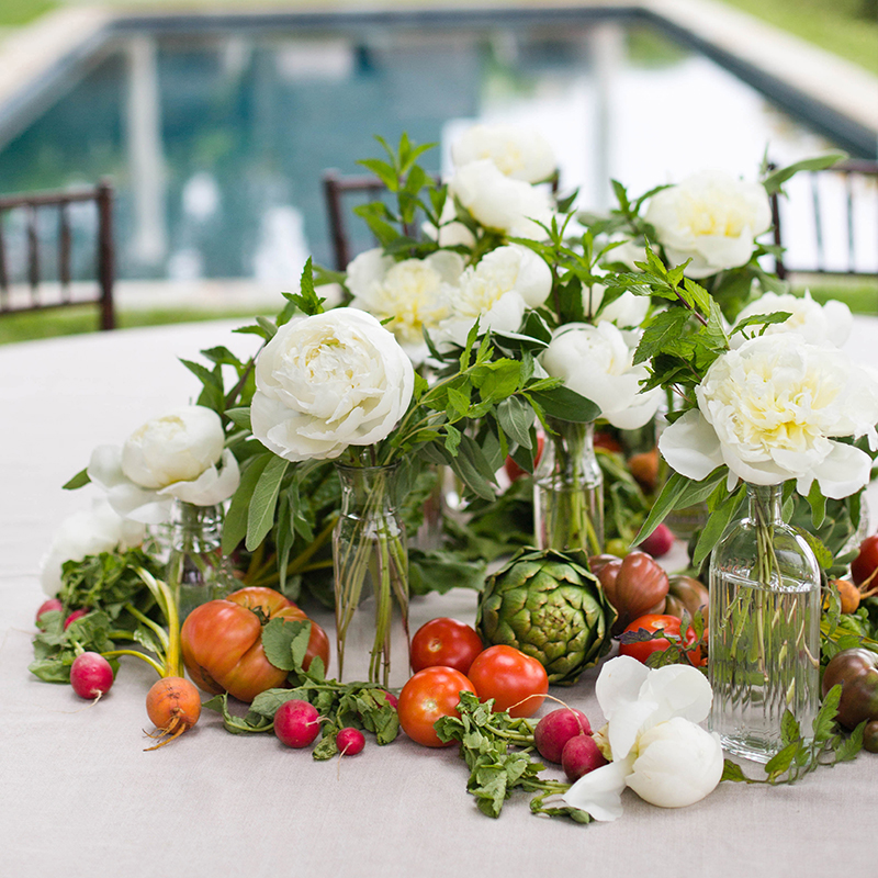 Summer Entertaining: A Casual Get-Together with Heirloom LA