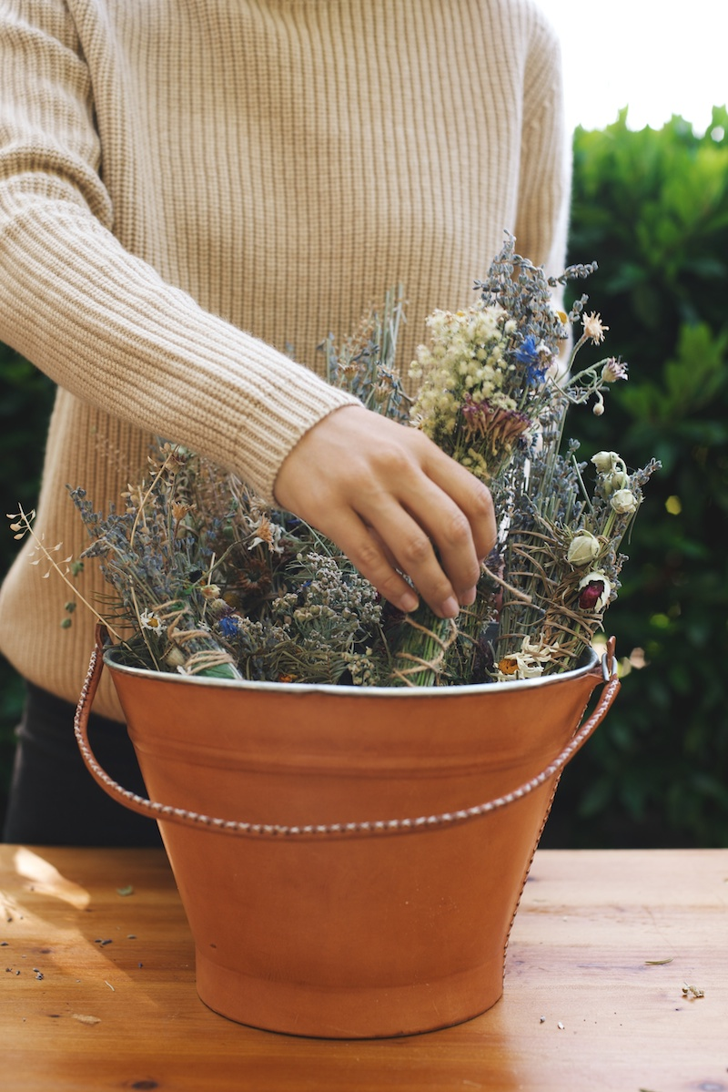 DIY: Lavender Smudge Bundles