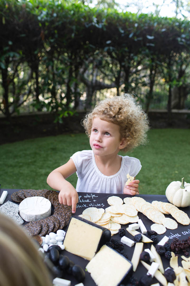 Autumn Entertaining: A Halloween Party for the Little Ones
