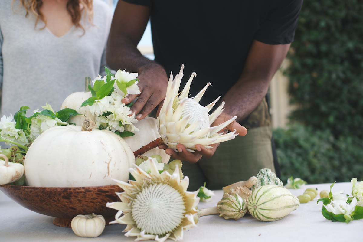 Floral Arrangements with Blume & Plume: A White & Green Autumnal Display 9