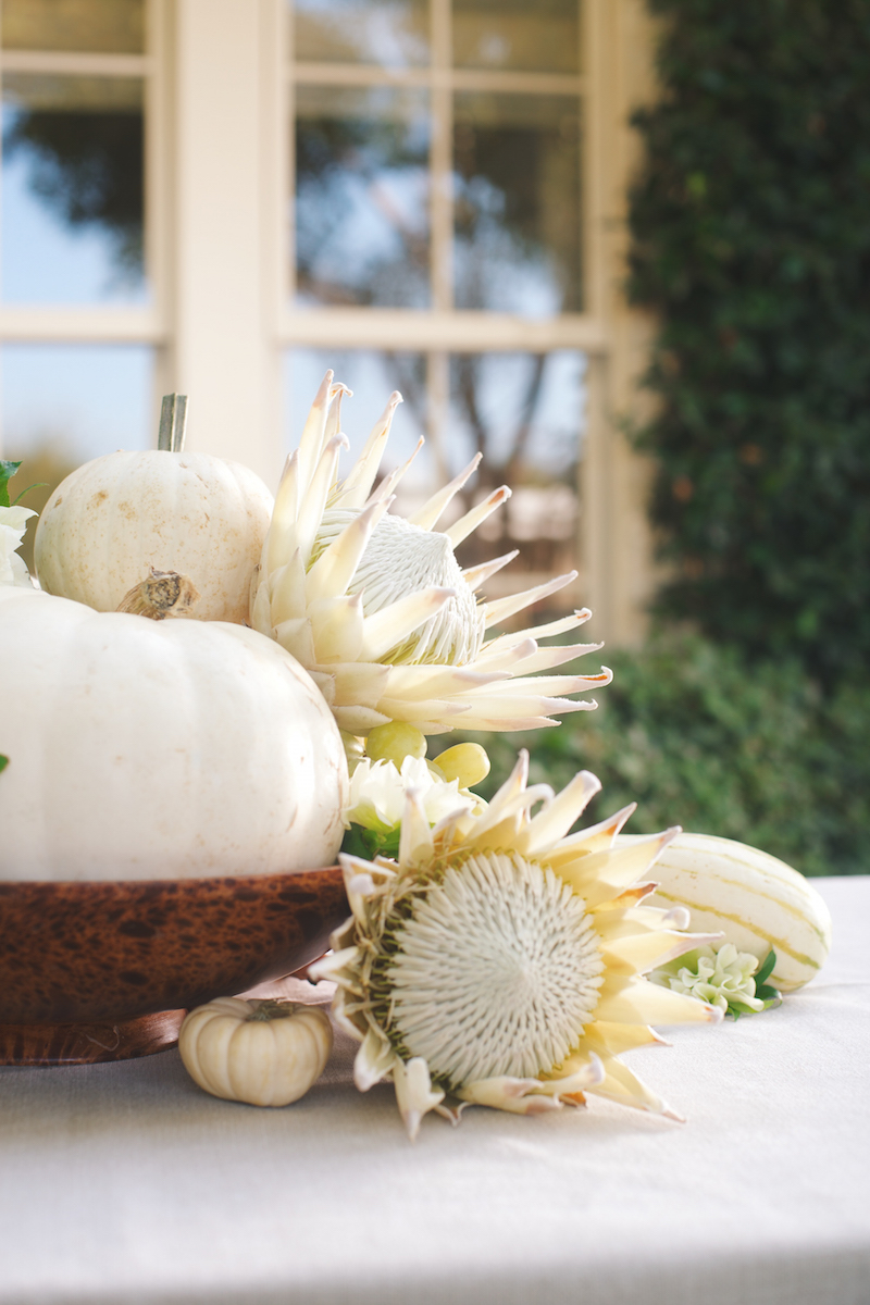 Floral Arrangements with Blume & Plume: A White & Green Autumnal Display