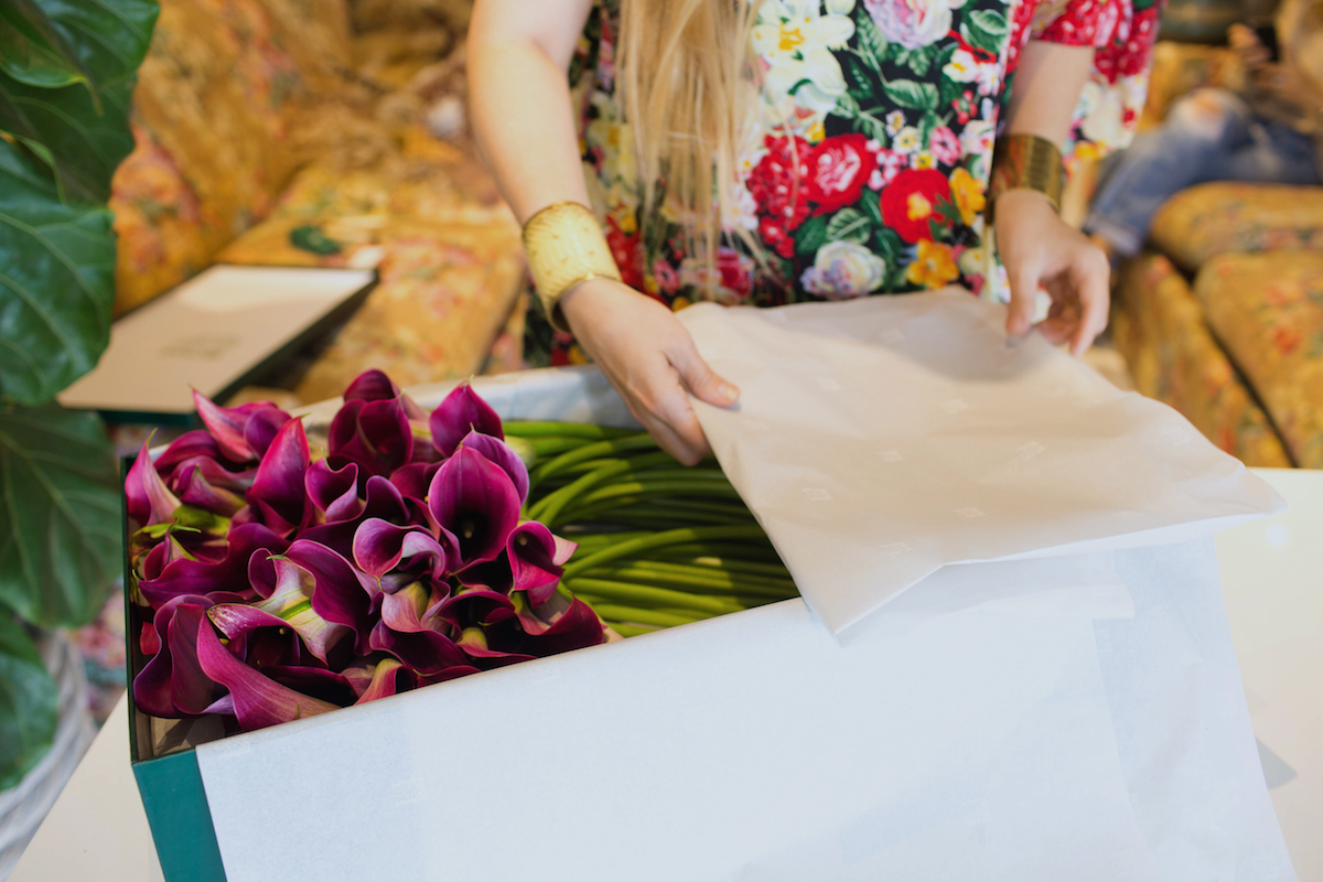 Floral Arrangements with Lily Lodge: Calla Lilies In A Box 5