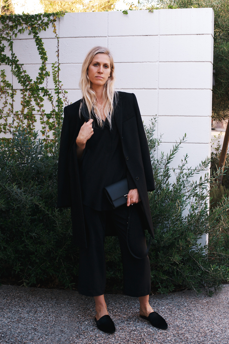 Three Staple Holiday Outfits By Stylist Jessica de Ruiter