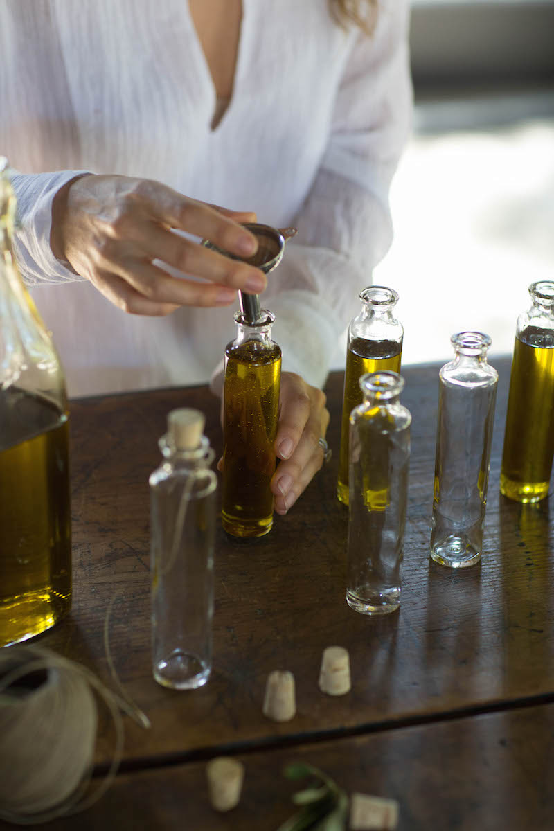 For Your Guests: An Herb-Infused Olive Oil