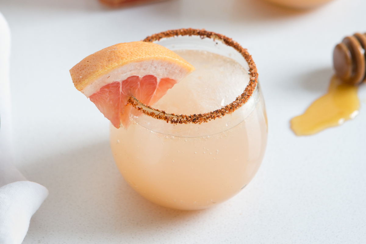 An Easy Summer Cocktail: The Paloma 3