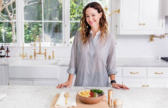 Jenni Kayne with Estée Lauder: A Moringa Powder Breakfast Bowl