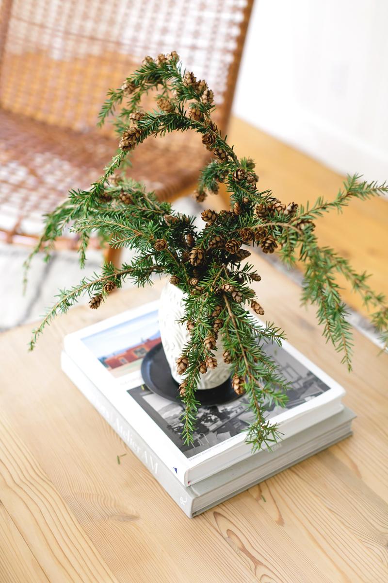Festive Home Décor and Wreaths for the Holiday Season