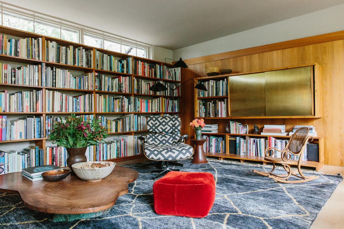 Inside Pamela Shamshiri's Rudolph Schindler-Designed Home 6
