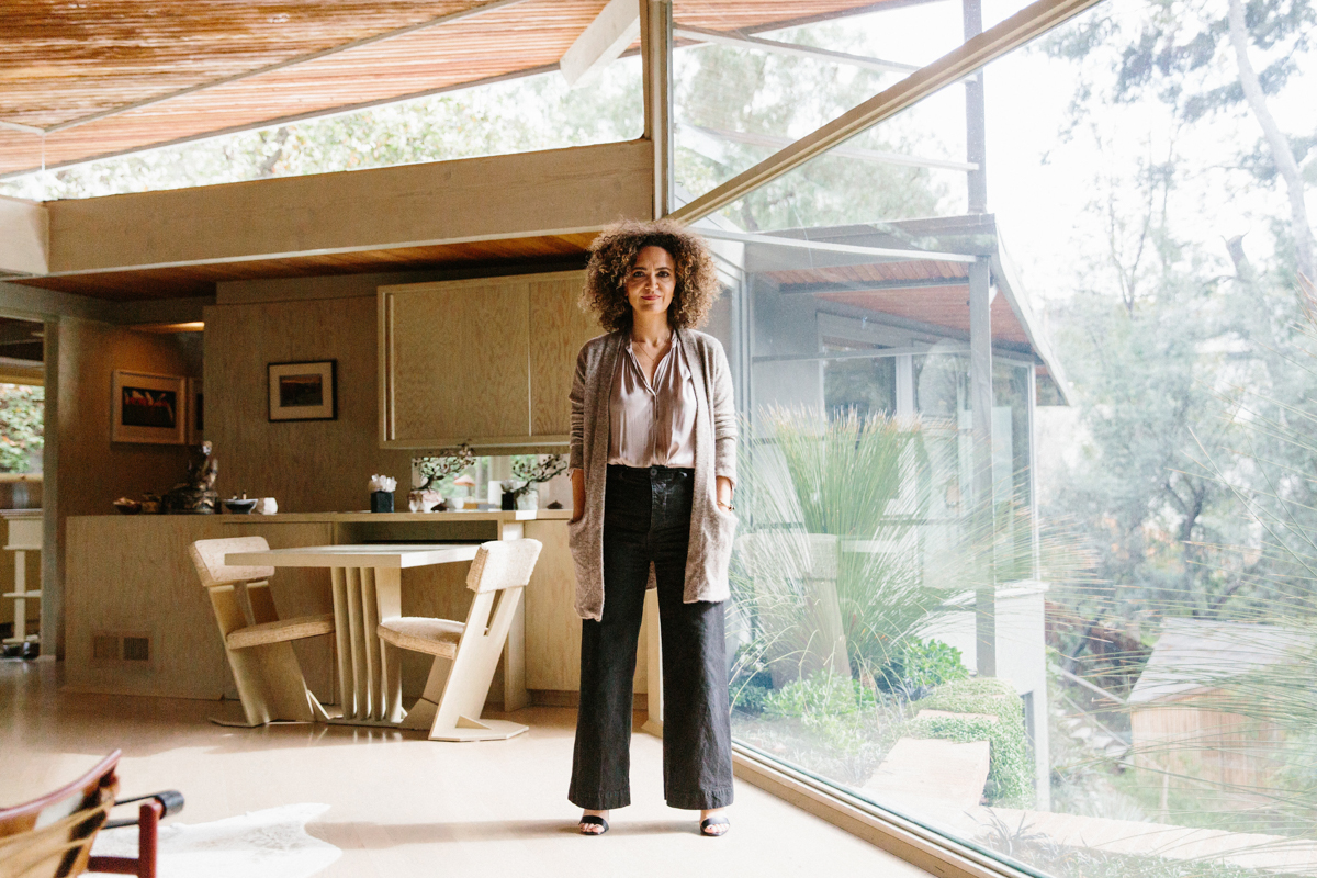 Inside Pamela Shamshiri's Rudolph Schindler-Designed Home 13
