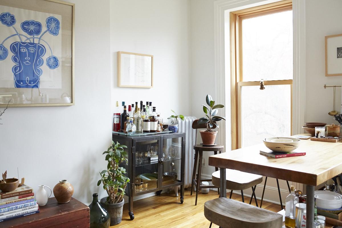 Inside Lizzie Fortunato's Art-Filled Brooklyn Brownstone 6