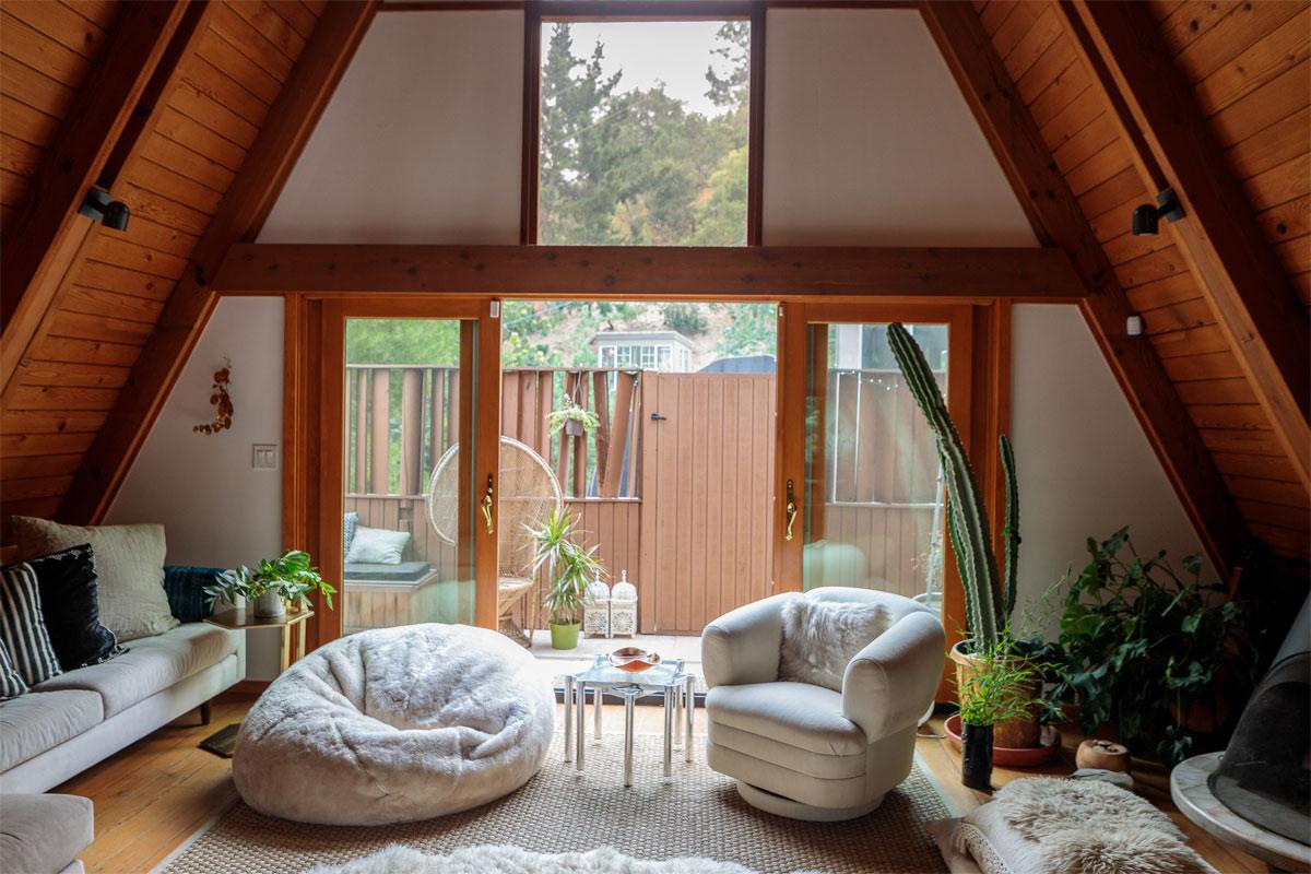 Ceramic Artist Desanka Fasiska's A-Frame Home 3