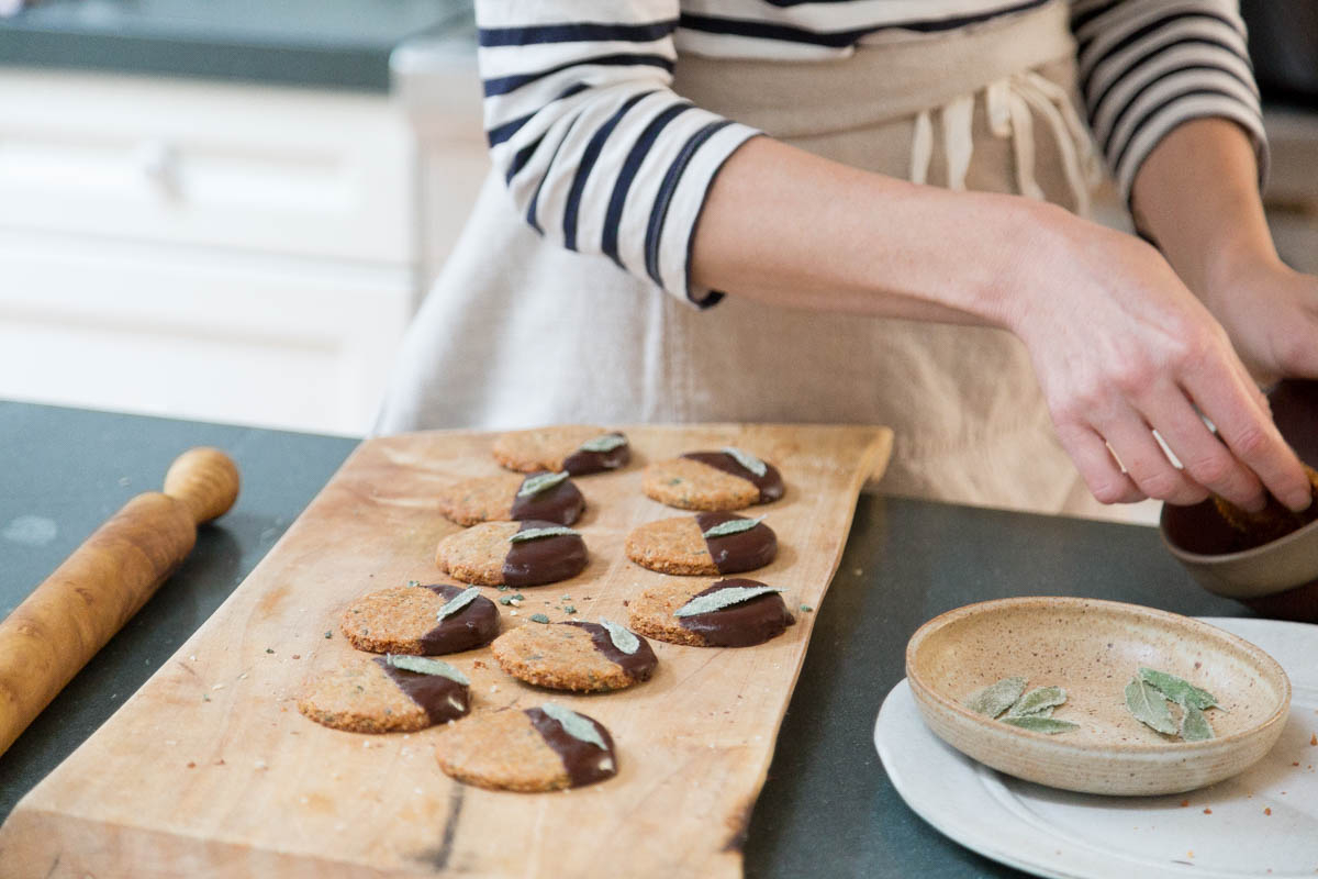In the Veggie Kitchen: Lori Stern's Holiday Cookies 6