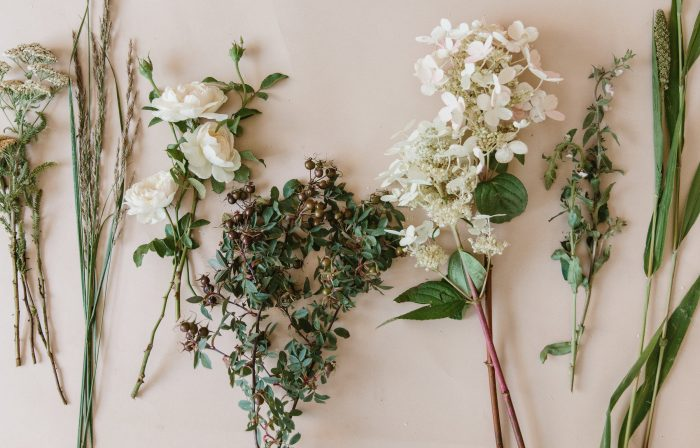 The Best Way to Arrange Summer Florals
