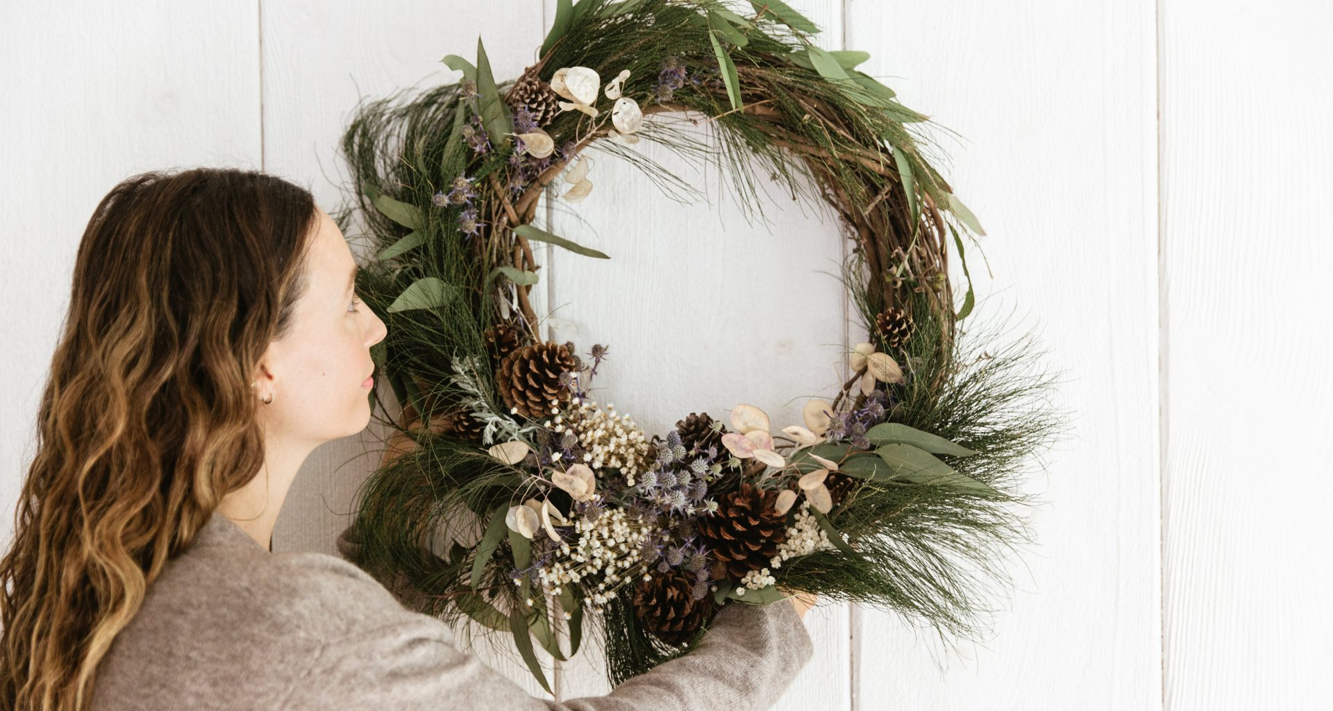 DIY with Jenni: The Perfect Holiday Wreath