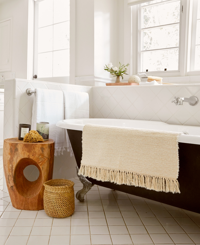 How to Create a Spa-Like Bathroom (For Yourself and Your Guests)
