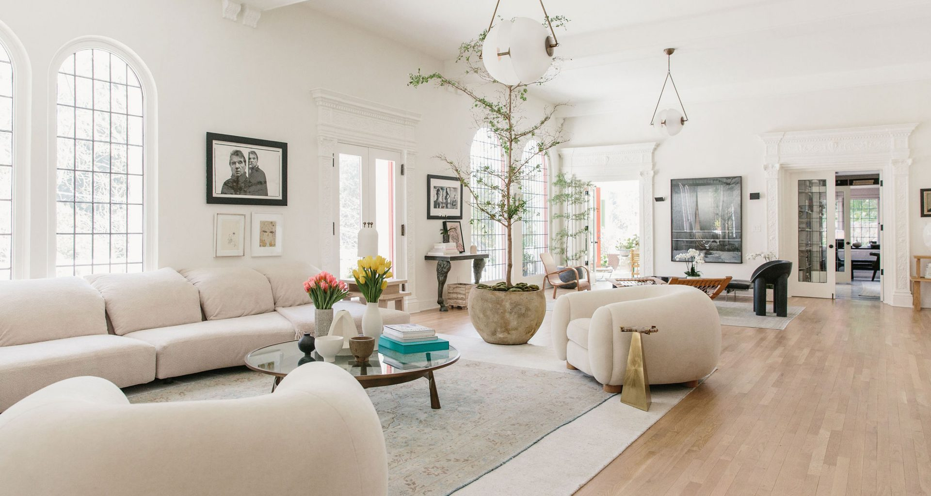 How to Decorate Your Living Room Like These 3 Pros